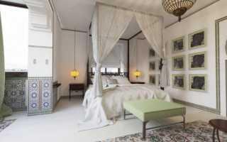 Восточный интерьер в спальне