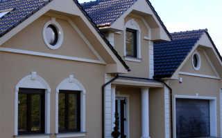 Обрамление окон на фасаде дома из полиуретана