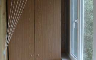 Кронштейн для сушки белья на балконе