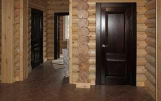 Как поставить дверь в деревянном доме?