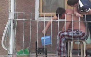 Мангал на балконе с вытяжкой