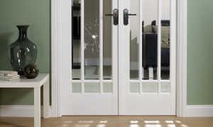 Что можно вставить в дверь вместо стекла?