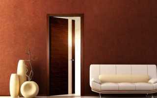 Куда должна открываться дверь в ванную?
