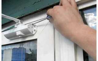 Как регулируется доводчик двери?